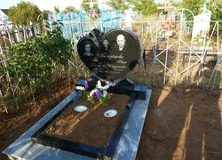 Элитный семейный памятник из гранита