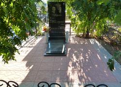 Прямоугольный парный памятник из гранита