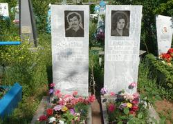 Двойной памятник из мрамора